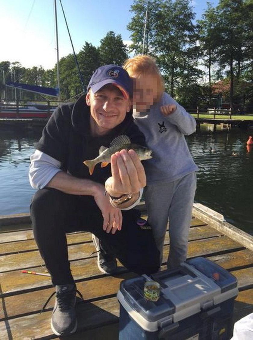Sebastian Mila na rybach z rodziną!