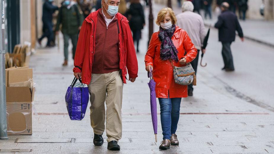 Koronawirus: Hiszpania rozważa powrót do lockdownu