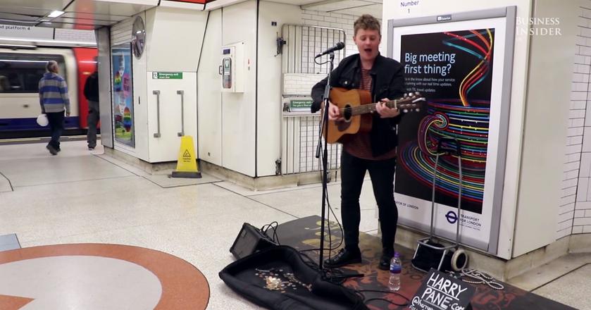 BI: Muzyka w metrze - sposobem na życie i dobry zarobek