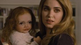 """Twórcy """"Zmierzchu"""" pokazali lalkę Renesmee"""