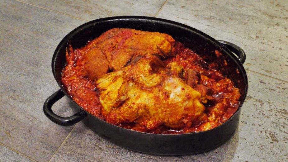 Pieczona wieprzowina w sosie