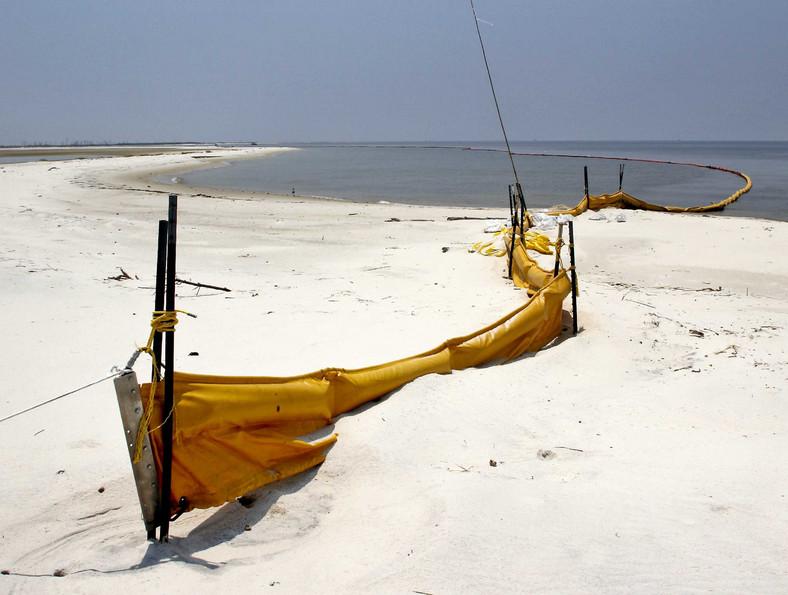 Walka z wyciekiem ropy w Zatoce Meksykańskiej. Fot. Bloomberg