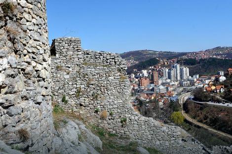 Srednjevekovna tvrđava poslednji put obnavljana 1984.
