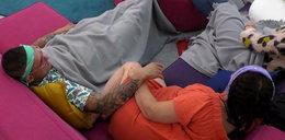 """Pierwszy pocałunek w """"Big Brotherze"""". Łukasz nie traci czasu"""