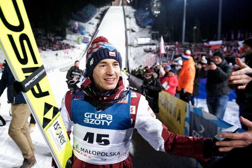 Kamil Stoch (33 l.) miał kłopoty podczas pierwszych konkursów PŚ w Wiśle. W Finlandii powinno być już lepiej