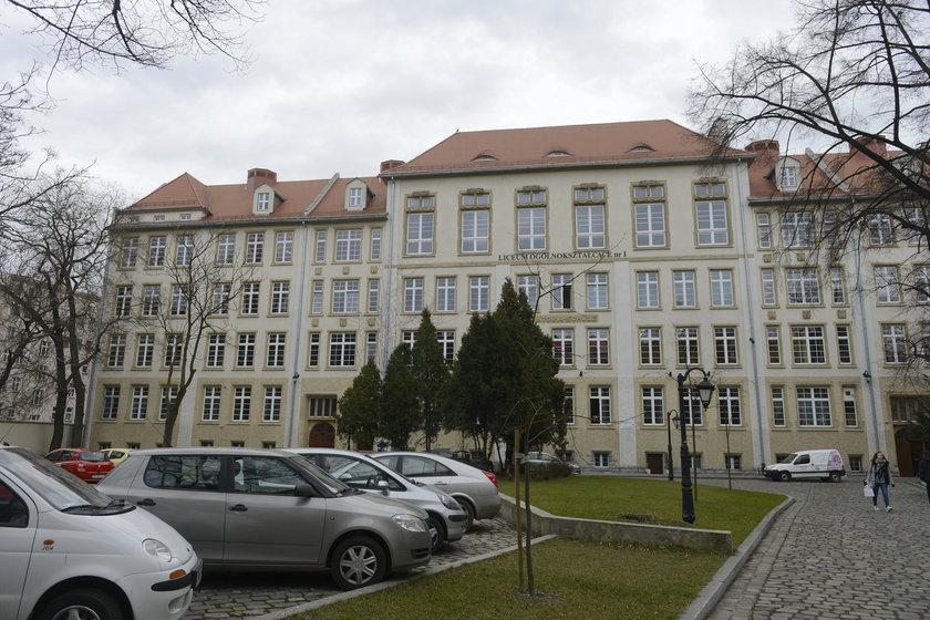 I LO przy ul. Poniatowskiego we Wrocławiu