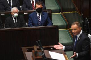 Prezydent mebluje rząd. Weto Dudy jest uznawane za prztyczek w nos prezesa Kaczyńskiego