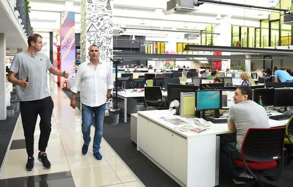 Novica Veličković sa našim novinarom Vladanom Tegeltijom