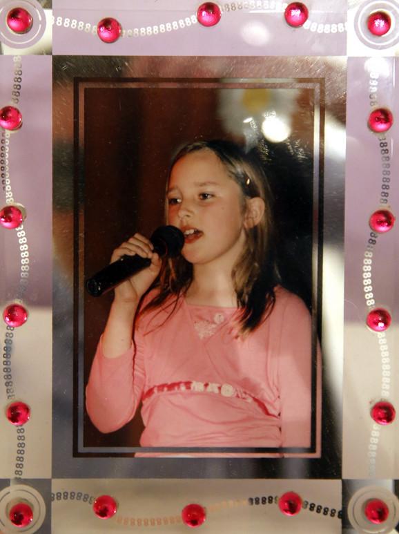 Aleksandra Prijović kao devojčica