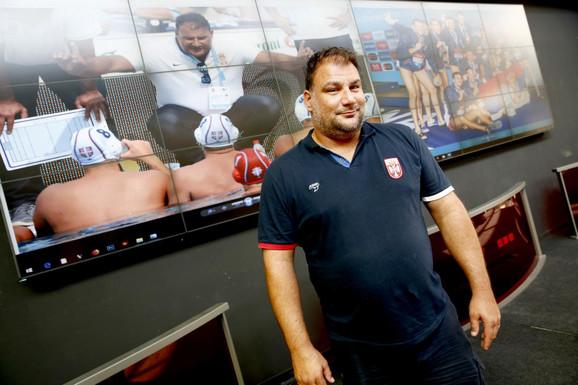 Dejan Savić u poseti redakciji