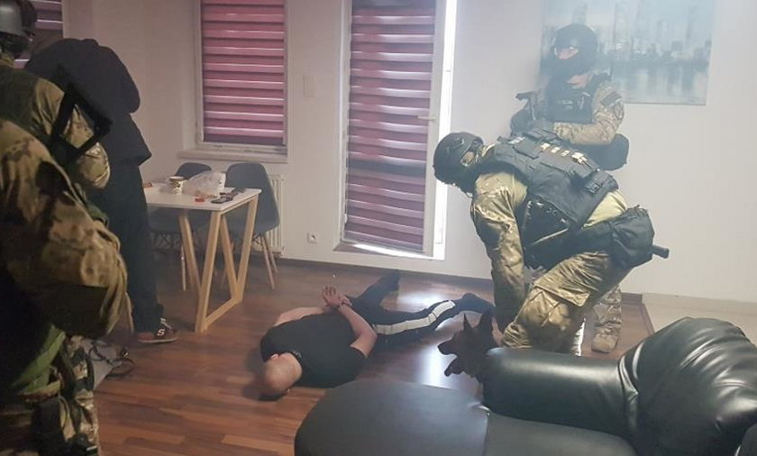 Brutalny napad na biznesmena. Policja zatrzymała znanego zawodnika MMA