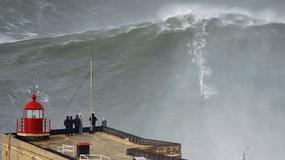 Garrett McNamara surfował na ponad 30-metrowej fali