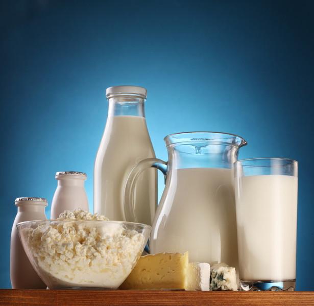 """Wyroby pochodzenia wyłącznie roślinnego co do zasady nie mogą być sprzedawane pod nazwami """"mleko"""", """"śmietana"""", """"ser"""", """"masło"""", """"jogurt"""""""