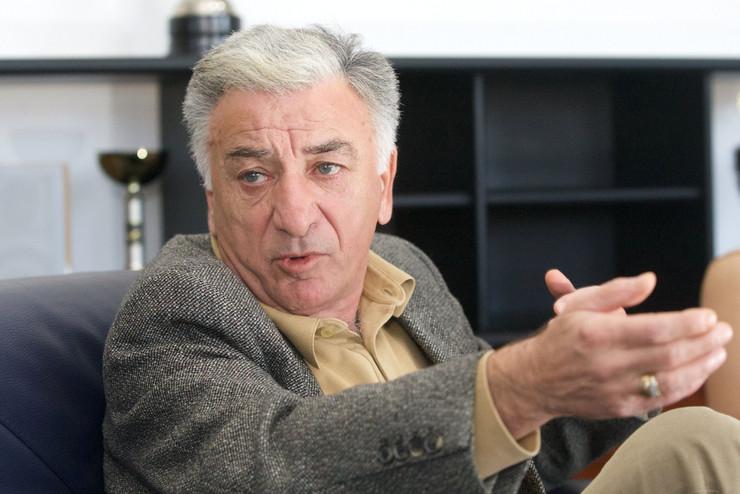 Momčilo Vukotić