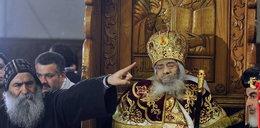 Pogrzeb papieża. Pokazali jego zwłoki na siedząco!