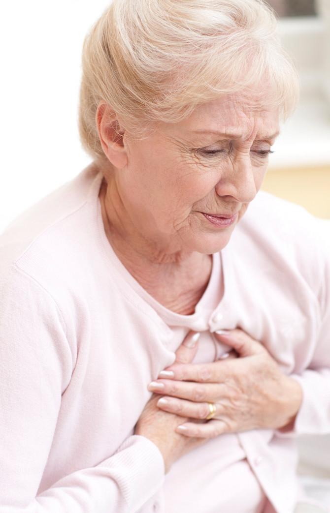 Polovina pacijenta doživi znakove upozorenja pre srčanog zastoja