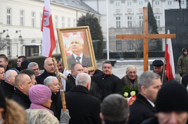 W Warszawie upamiętniono ofiary katastrofy smoleńskiej