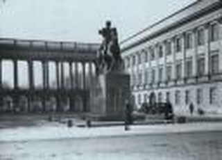 Senat: Ustawa o odbudowie m.in. Pałacu Saskiego z poprawkami