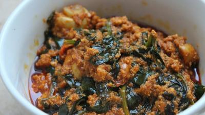 How to prepare Kontomire stew (palava sauce) the Ghanaian way