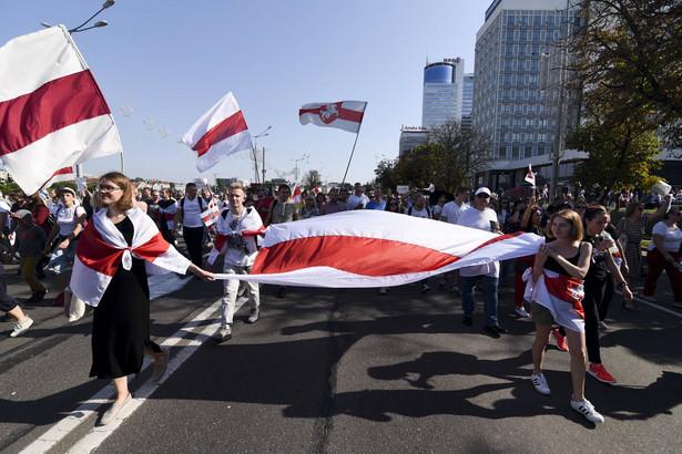 Protest przeciwko reżimowi Łukaszenki, Mińsk, sierpień 2020 rok