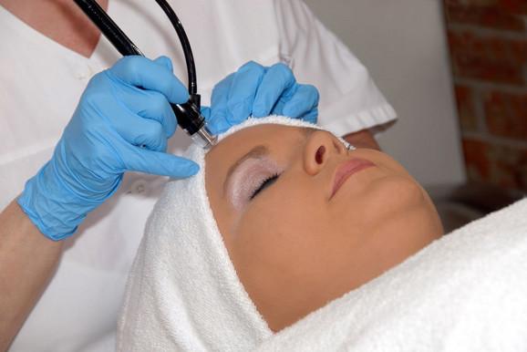 Podmlađivanje uz pomoć lasera ne ostavlja ožiljke