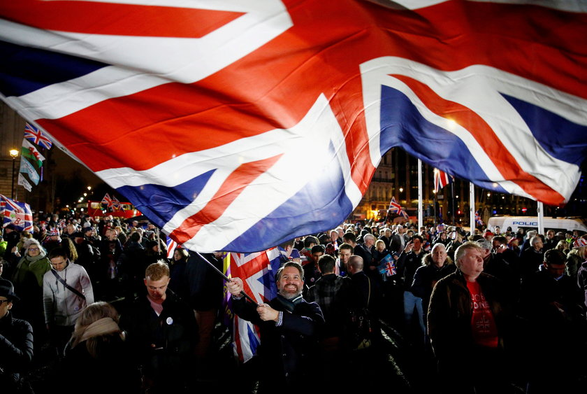 Brytyjczycy świętują wystąpienie Wielkiej Brytanii z Unii Europejskiej