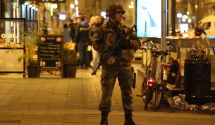 Stan wyjątkowy w Brukseli. Miasto po atakach