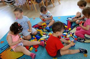PITALI SMO MINISTARKU Šta ako posle prvog deteta dobijete blizance i ostale NEDOUMICE oko roditeljskog dodatka