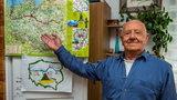 Poeta i satyryk przepłynął Polskę wzdłuż i wszerz!