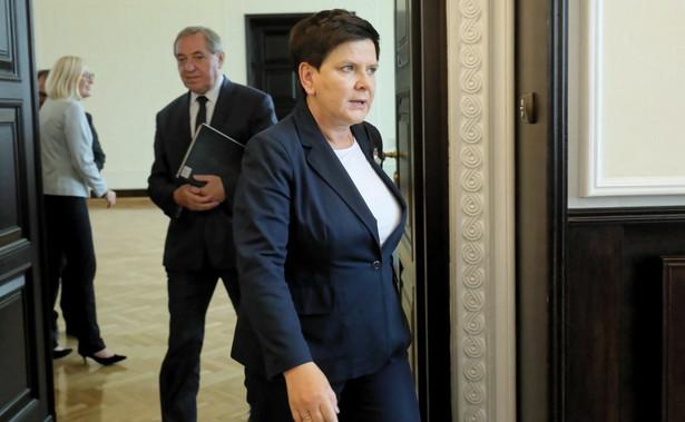 """W wywiadzie dla PAP Szydło mówiła na początku września, że chciałaby, aby parlament przyjął projekt ustawy o """"matczynych emeryturach"""" do końca roku, aby przepisy mogły obowiązywać od 2019 r."""