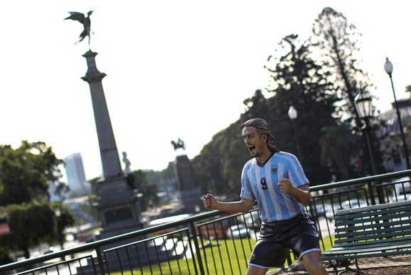 Ima statuu u Buenos Ajresu