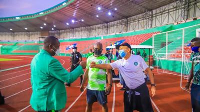 Sports Minister Sunday Dare questions the competence of Super Eagles coach Gernot Rohr following 2 draws against Sierra Leone