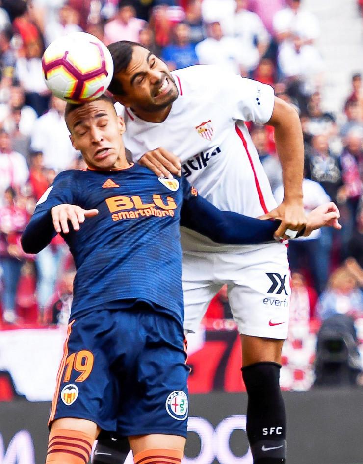 FK Sevilja, FK Valensija