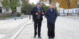 """""""Ojciec Mateusz"""" zniknie z anteny?  Burmistrz Sandomierza ujawnił, że miasto jest przygotowane na taką ewentualność"""