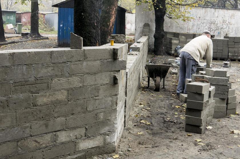 Mur podzielił mieszkańców Zabrza