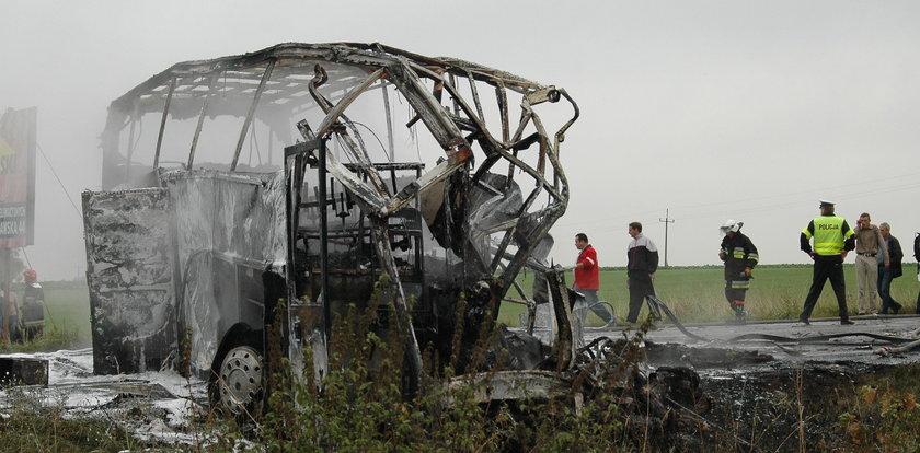 Tragedia pod Jeżewem. Maturzyści spłonęli w autobusie. Jechali na pielgrzymkę