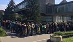 KILOMETARSKI REDOVI Stotine građana čeka ispred opštine Novi Beograd iz samo JEDNOG RAZLOGA