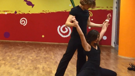 """""""Taniec z gwiazdami 6"""": Karolina Gorczyca wydobywa swój seks na treningach. Co zatańczy?"""