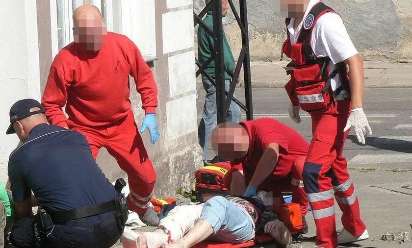 Pijany kierowca przygniótł do ściany domu dwie kobiety! FOTO