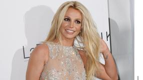 Britney Spears w prześwitach na rozdaniu Hollywood Beauty Awards