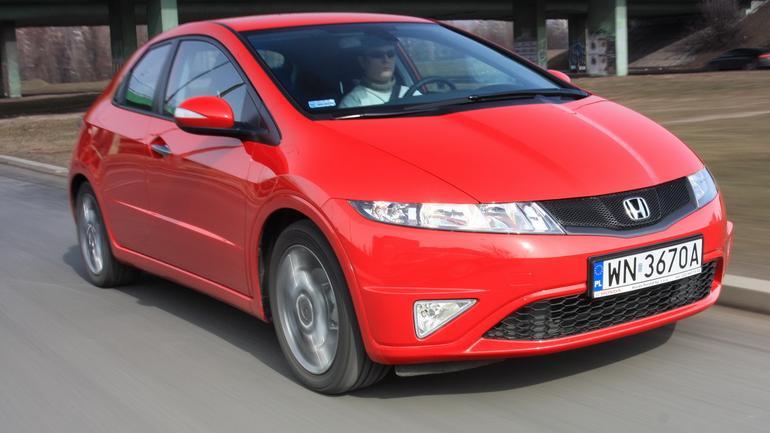 15 najlepszych samochodów za 30 tys. zł