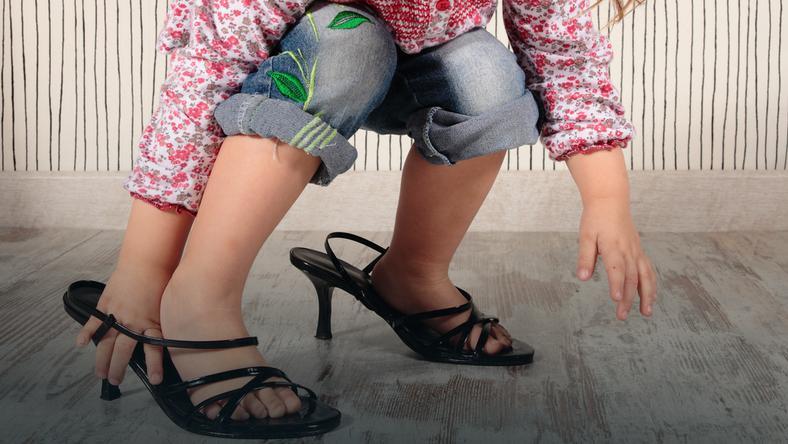3c6a4742e6 Buty na obcasach dla małych dziewczynek - Dziecko