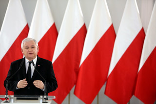Kaczyński: Odbudowujemy szacunek i przywiązanie do narodowych barw