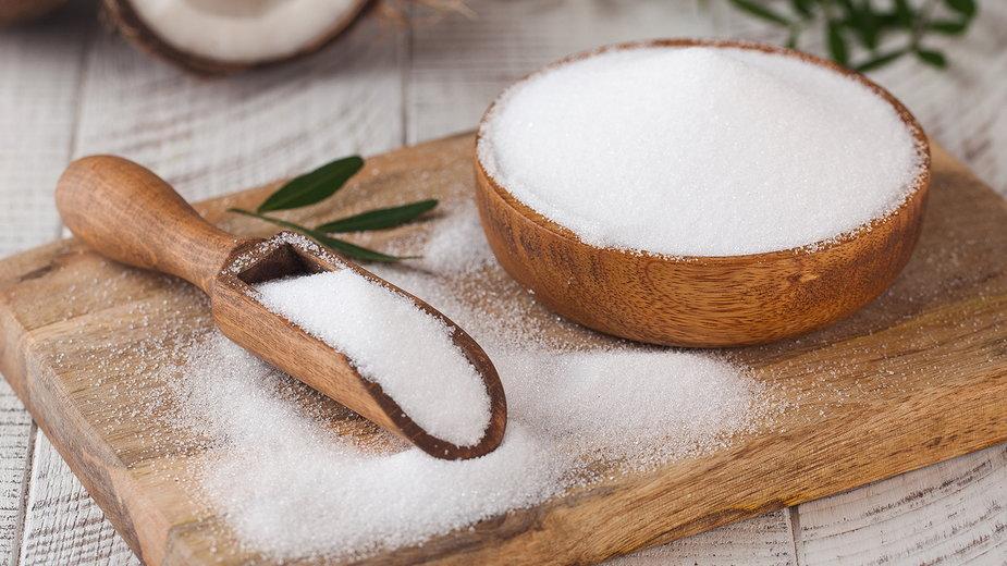 Alluloza to niskokaloryczny cukier prosty, który jest bardzo popularny w USA
