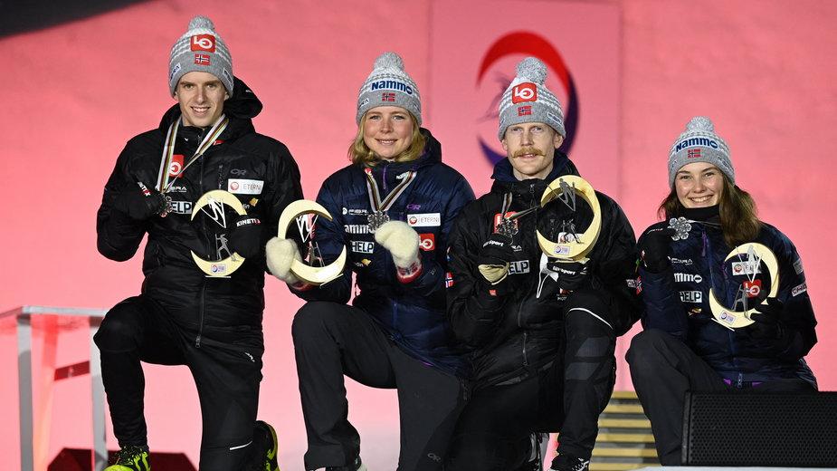 Trzy dni przed pozytywny wynikiem testu Graneruda norweski mikst tak pozował na podium