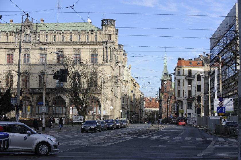 Ulica Krupnicza i gmach Gwardii