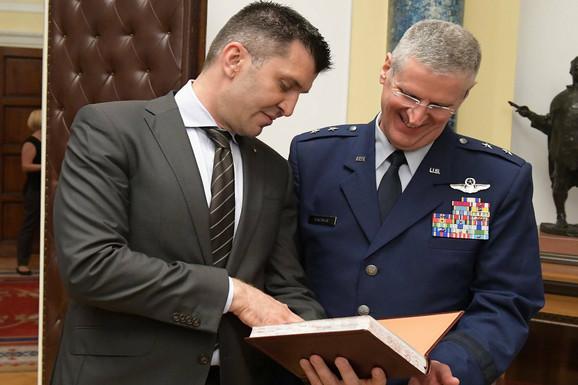 Komadant Nacionalne garde Ohaja Mark Bartman skoro je posetio Srbiju