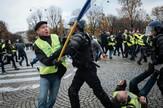 Pariz protest policija vodeni topovi ap3