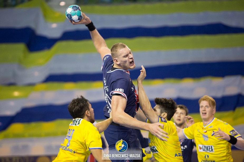 PSG z Pickiem nie musi już grać, dostało od EHF-u dwa punkty. Paryżanie liderem grupy A