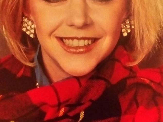 Za njom su 90-ih SVI LUDELI: Bila je IDEALNA DEVOJKA, a onda je krenula sa operacijama koje su je DEFORMISALE - evo kako danas izgleda